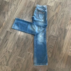Killah Women's Distressed Jeans